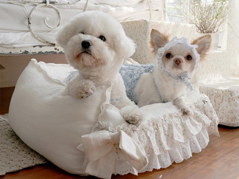 лежанка для собак в стиле прованс